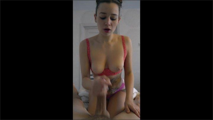 [WQHD] Hot Stepsister Made Her Stepbrother Cum In The Morning - MIASLAVA - - 00:10:26 | Handjob, Cute Teen, Brunette - 128,4 MB