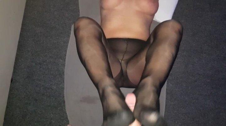Milf Harper Pantyhose Footjob And Asscheek Fucking