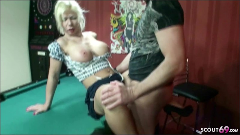[Full HD] German Milf Seduce To Fuck By Stranger On Pool Table  - MILF-Nadja - -00:08:16 | German, Deutsche Mutter - 181,6 MB