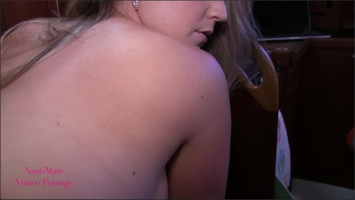 [Full HD] Msexotictraveler Holiday Strip Tease On My Boat - Mix - ManyVids - 00:06:25 | Size - 879 MB