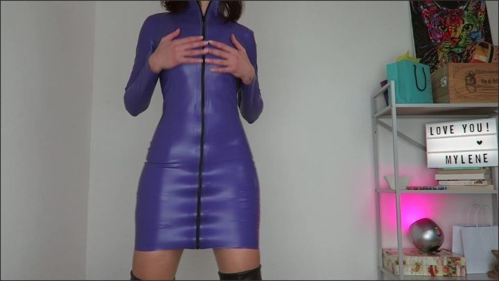 [Full HD] Mylene Custom Latex P-- Outdoors Home Fist - Mix - ManyVids - 00:11:55 | Size - 763,3 MB