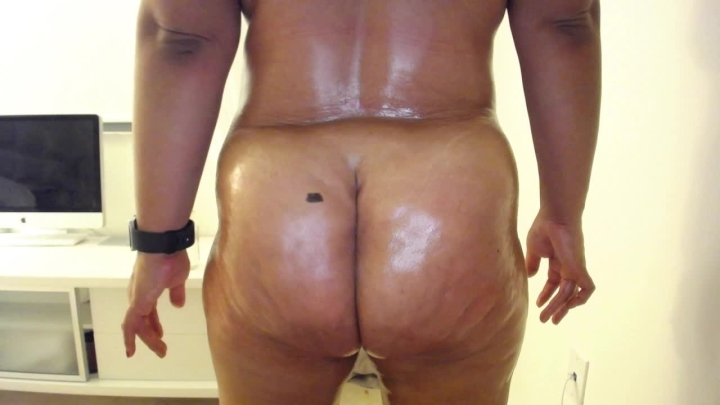 Makayla Divine Oiled Up Ass Clenching