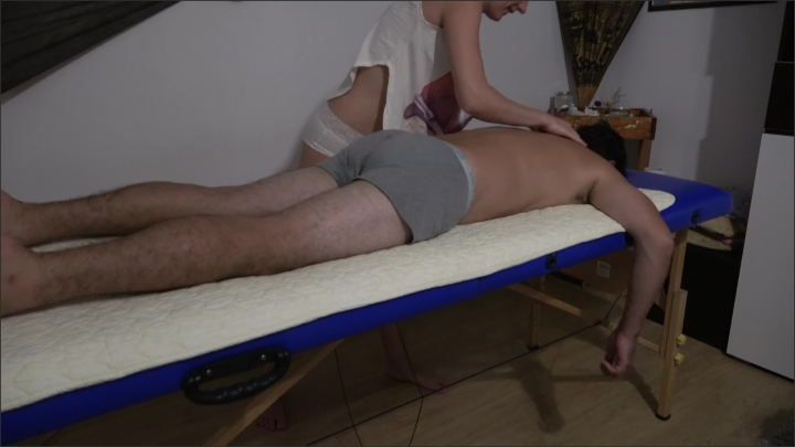 [WQHD] Real Massage Therapist Fucked While Her Stepdaughter Listens At The Door - Maria Vertigo - - 00:22:24 | Step Fantasy, Teenager - 357,3 MB