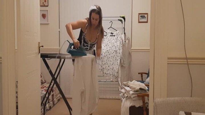 Masiedee Bored Maid Masturbates With Steam Iron