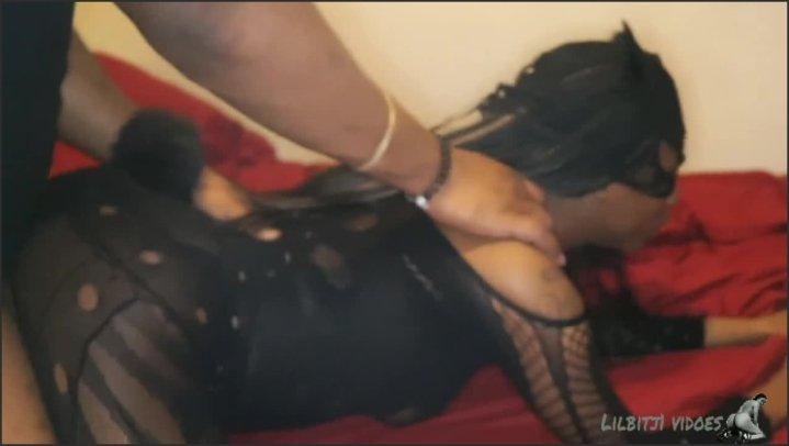 [HD] Ebony Catwoman Get Creampie - Mask Freak - - 00:06:54 | Catwoman, Ebony, Cheating Wife - 67,9 MB
