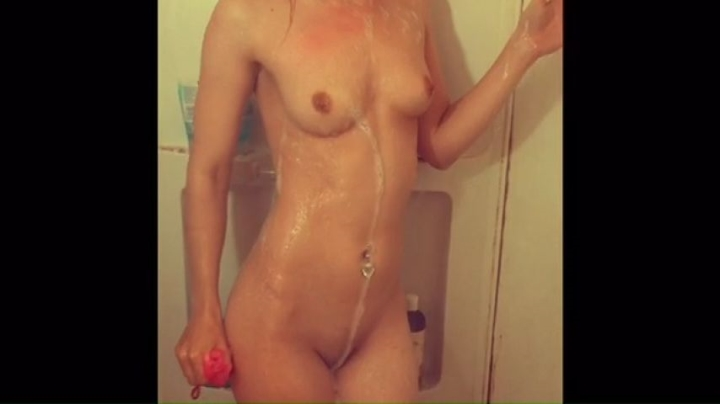 Melissa Wolfe Adventures In The Shower