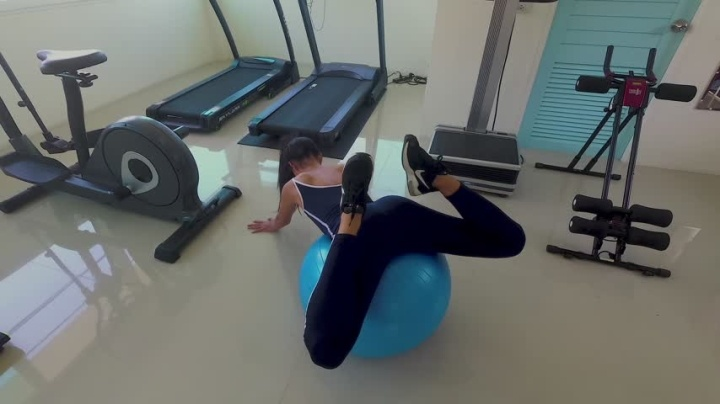 1 $ Tariff Melissacandy Workout In The Gym Made Me Squirt D - Melissacandy - Amateur   Squirt, Pussy Spreading, Teens - 923,2 MB