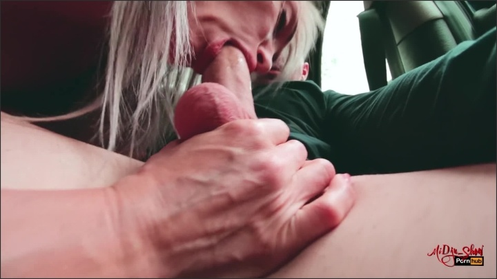 [Full HD] Blowjob In The Car While Waiting For My Friends - MiDju_Show - - 00:08:53 | Blowjob, Amateur, Blonde - 216,7 MB