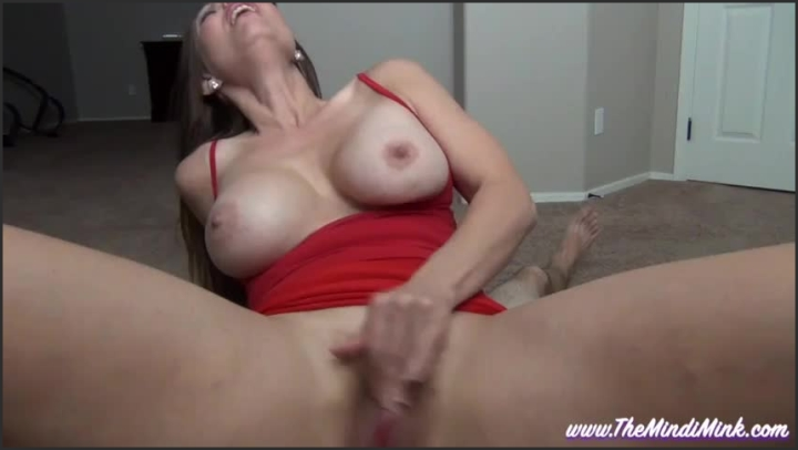 Blowjob From Mommy