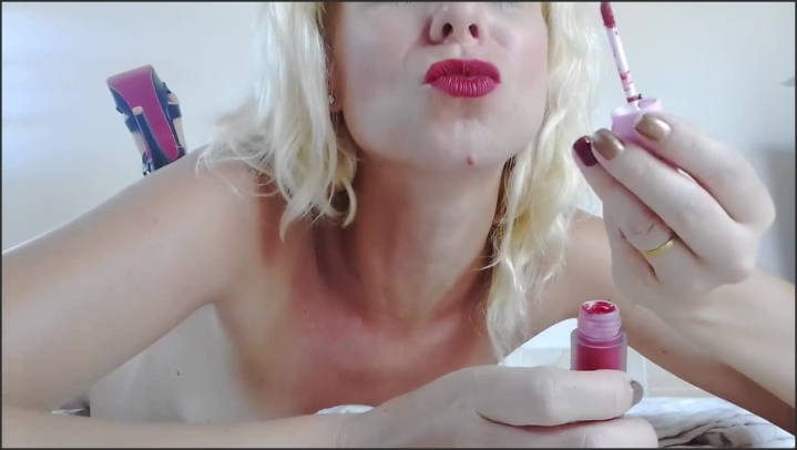 [HD] Red Lipstick Tease With Heels On - Miss Anja - - 00:12:08 | Verified Amateurs, Red Lipstick, Kink - 127,9 MB