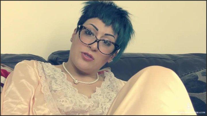 Miss Nera Skye Tell Mummy Xxx