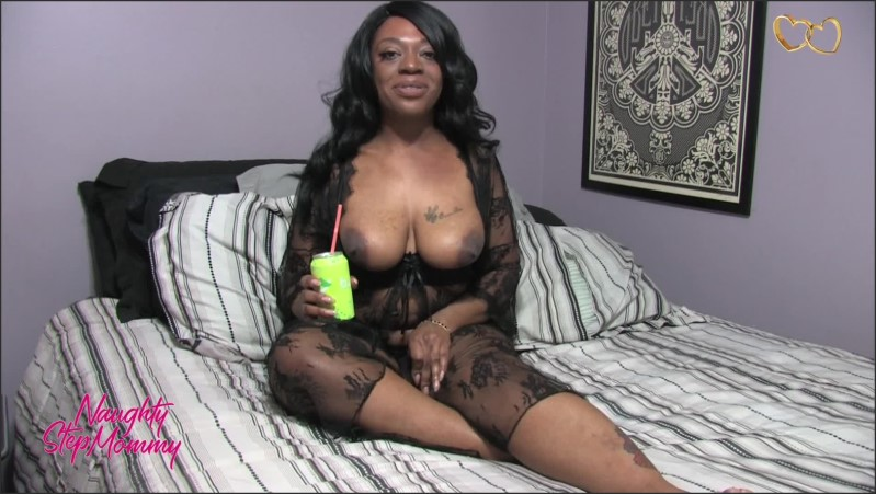 [Full HD] Naughty Step Mommy Burping Fetish - Miss Safiya - -00:10:12 | Role Play, Milf Fantasy, Ebony - 249,7 MB