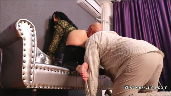 [Full HD] Hubby Is My Slave Pleasure Just For Me - Mistress Luna - - 00:08:37 | Amateur, Foot Domination - 364,3 MB