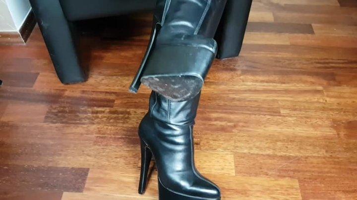 Mistress Patricia Leather Amp Heels Pov