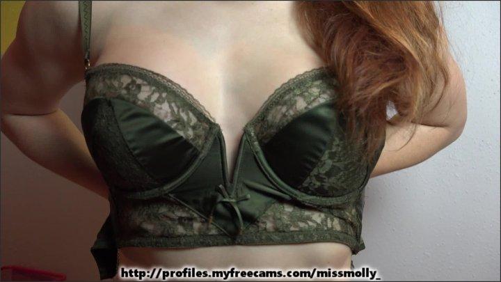 [Full HD] Molly Stewart Bra Boob Fetish - Molly Stewart - ManyVids - 00:06:32 | Size - 817,9 MB