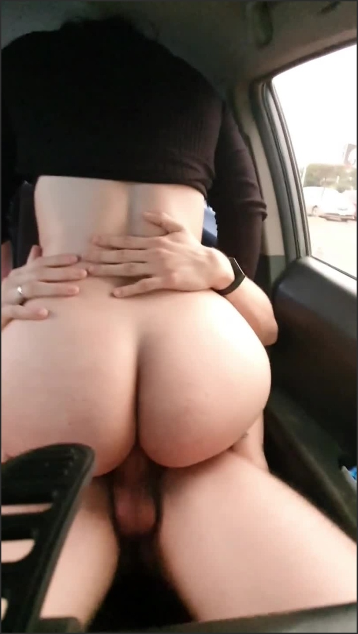 [SD] Step Sister Gets Horny While We Wait In The Car - MrWolfNMrsRedHood - - 00:06:45 | Brazilian, Step Sister, Culona - 106,9 MB