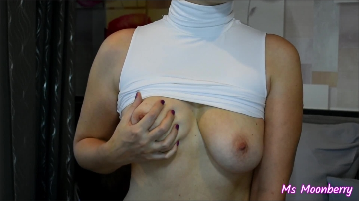 [Full HD] Full Playing With My Tits Teasing The Nipples Tittydrops And Slo Mos - Ms Moonberry - - 00:08:27 | Solo Female, Tit Play - 183,4 MB