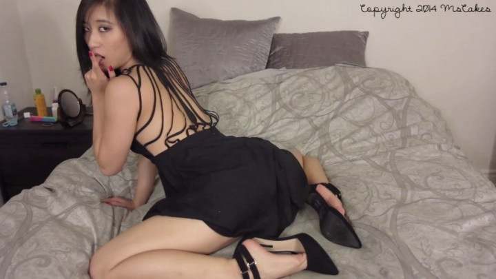 Ms-Cakes Seducing You In My Little Black Dress
