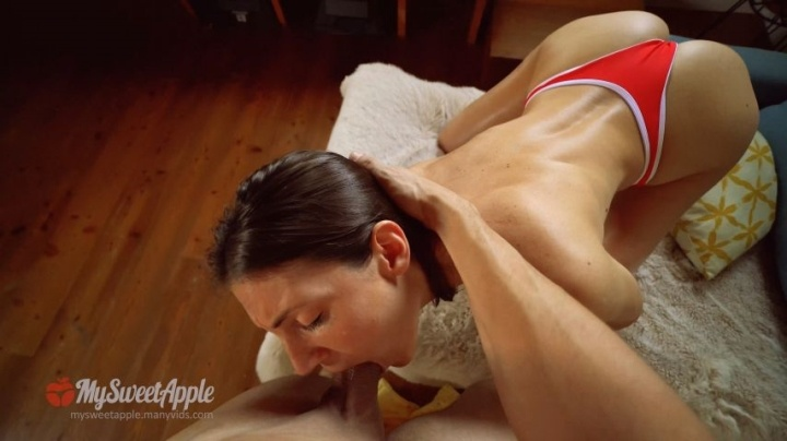 Mysweetapple Wild Deepthroat Gagging And Riding