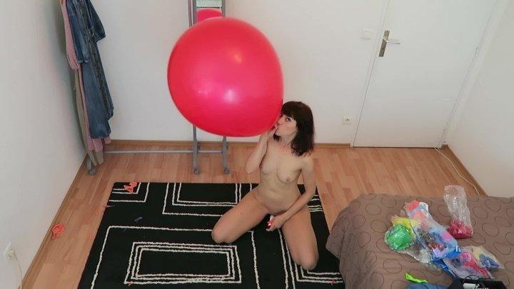 Balloons Fetish Ii Popping W Scissors