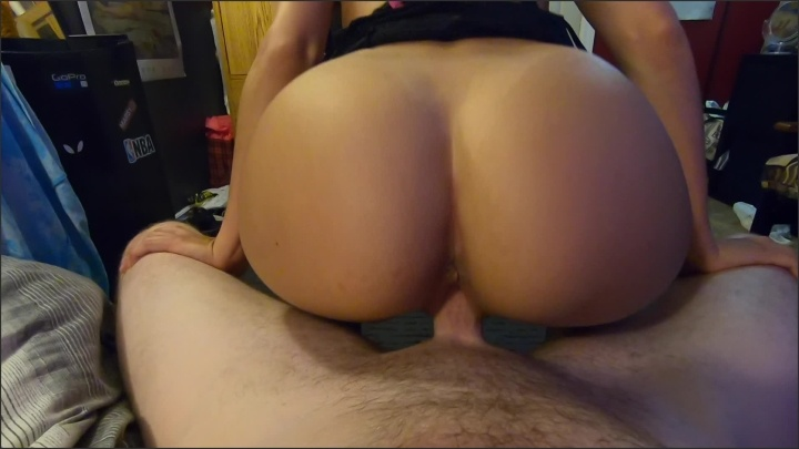 [Full HD] I Give Him A Sexy Striptease Then He Cums On My Tits - Narly69 - - 00:15:22   Lap Dance, Hot Blonde Teen, Young - 1,3 GB