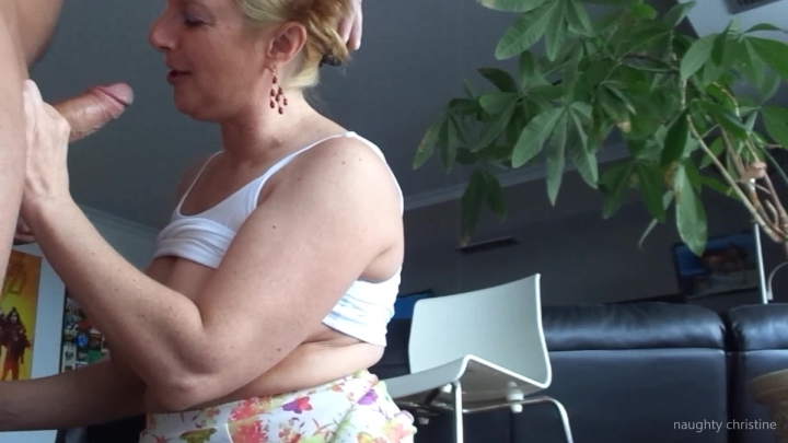 Naughty Christine Anal Dong Fucking
