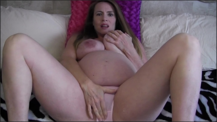 [Full HD] 9 Month Pregnant Milf Seduces Stranger And Brings Him Home Solo With Toy - NevaNikki - - 00:09:11   Vibrator, Nude - 148,9 MB