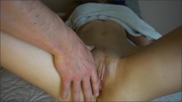 [Full HD] Adorable Teen Gets Sensual Massage - Nidalee18 - - 00:15:05 | Big Ass, Teen, Perfect Body - 261,8 MB