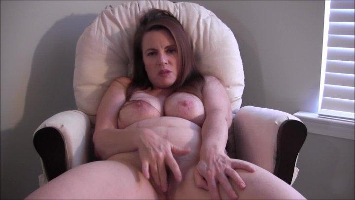 Nikkinevada Hairy Pussy Masturbation