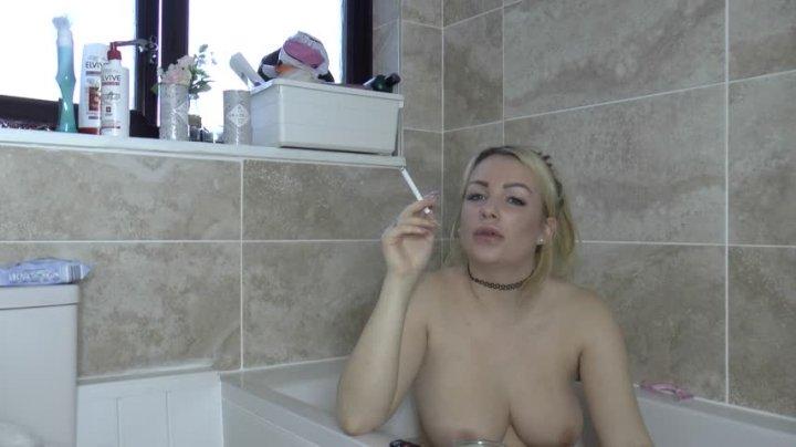 Penny Lee Bath Time Smoke