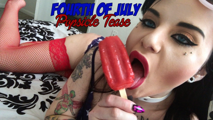 [Full HD] Phoebe Phelpz 4Th Of July Popsicle Tease - Phoebe Phelpz - ManyVids - 00:05:19 | Lip Fetish, Licking, Mouth Fetish - 590,2 MB