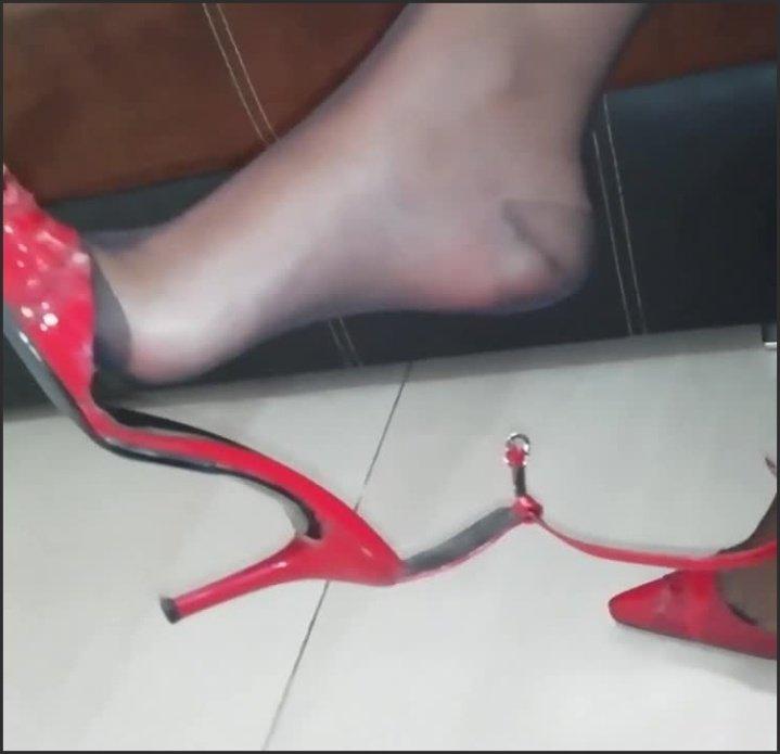 [HD] Pantyhose Legs And Feet Tease Sexy Nylon Feet Footfetish - PhoseMaster69 - - 00:09:14   High Heel Fetish, Nylon Strumpfhose, Milf - 52,2 MB