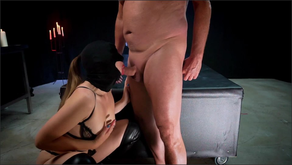 [Full HD] Hooded Teen Best Blow Job Ever And She Loves To Do It Till The Last Drop Of Cum  - 99Vlogs - -00:19:25 | Petite, Verified Couples, Bondage - 422,7 MB