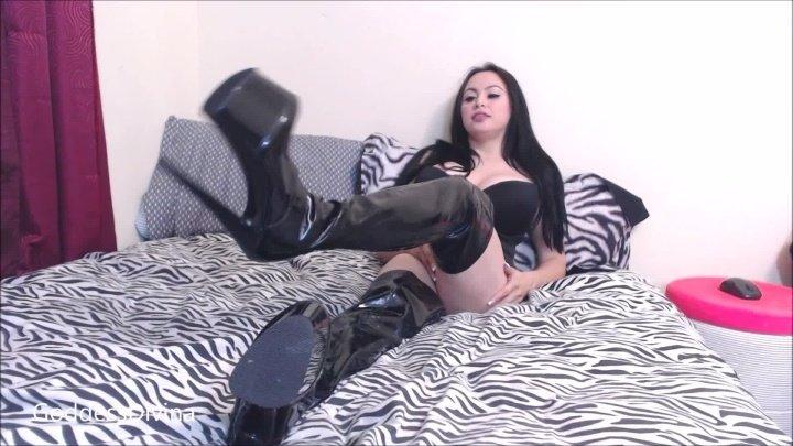 Princessdi Ruined By Shiny Black Boots