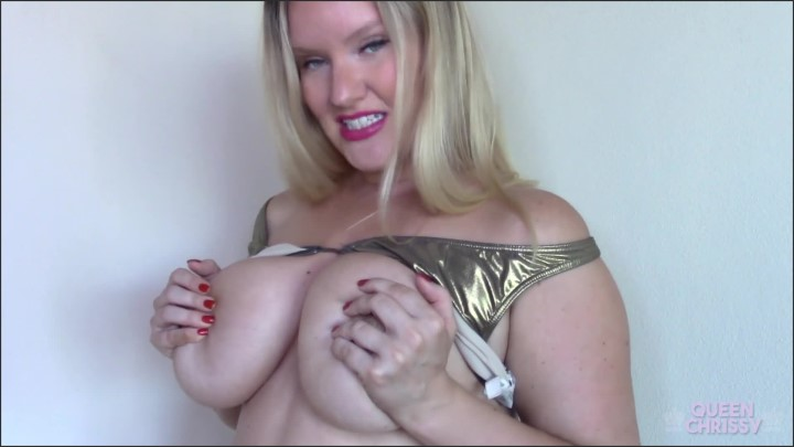 [Full HD] Tit Crazy - Queen Chrissy - - 00:09:14   Verified Amateurs, Blonde, Femdom - 199,2 MB