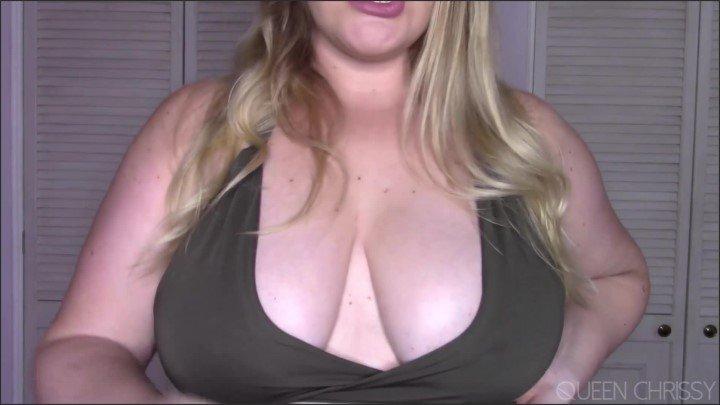 [Full HD] Titty Boy Reward - Queen Chrissy - - 00:10:29 | Femdom, Blonde - 209,2 MB