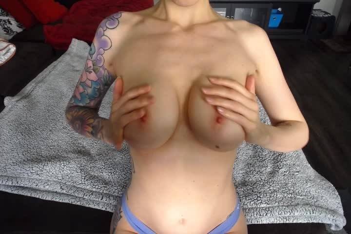 Reedandkelly Tit Worship