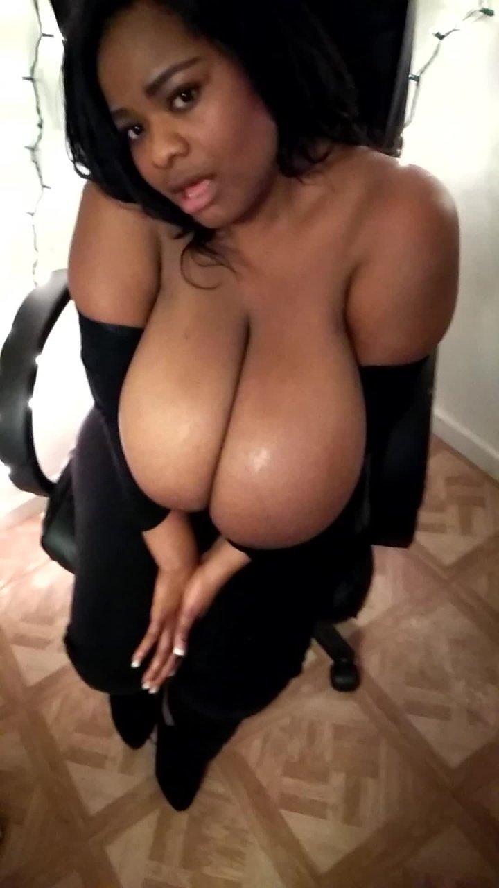 Renelove Rene Love Tipsy Tits