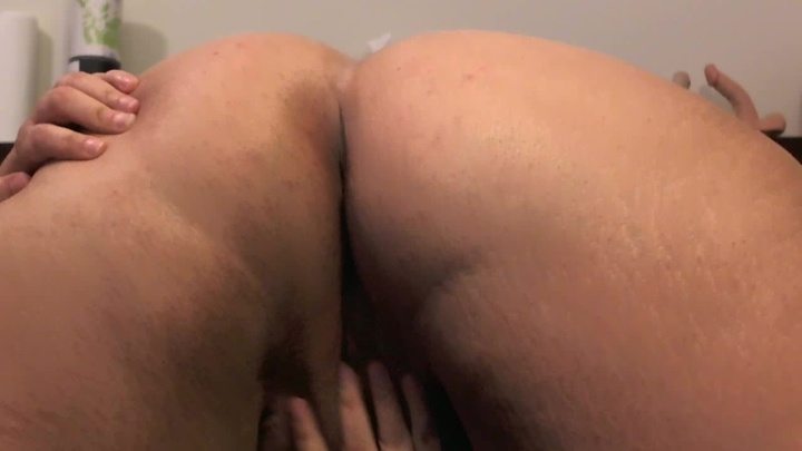 Sarastar Oiled Up Bbw Ass And Pussy