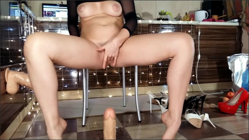 [Full HD] Hotwife Milf And Step Mom Squirt And Masturbate Hairy Pussy In The Kitchen - SexyRealHousewife - -00:06:12 | Orgasm, Latin - 147 MB