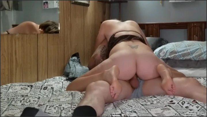 [HD] Hot Amateur Wife Enjoys Riding On His Cock - Sexybeast82 - - 00:09:02 | Verified Couples, Amateur Couple, Milf - 104,9 MB