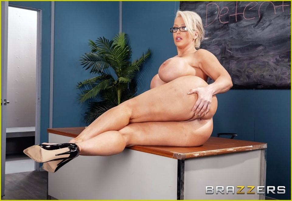 [Full HD] Alura Jenson - My Prof'S Filthy Mouth Alura Jenson - SiteRip-00:33:50 | Big Ass, School, Milf - 1,3 GB