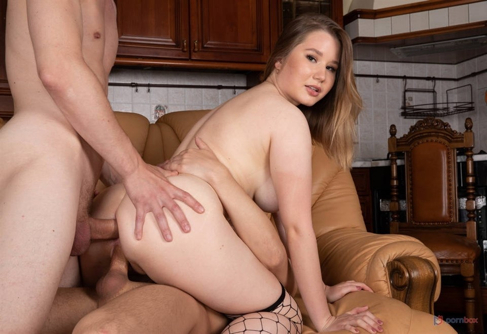 [Full HD] Amalia Devis - GL First Time, Rough, 1080P, SiteRip Mix - SiteRip-00:53:11 | Double Penetration, Curvy - 4,5 GB