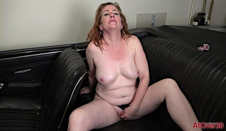 [Full HD] Caitlin Moore - Interview 06.07.20 Caitlin MooreModels Age: 53 - SiteRip-00:11:38 | Big Tits, Shaved Pussy, Big Butt - 926,5 MB