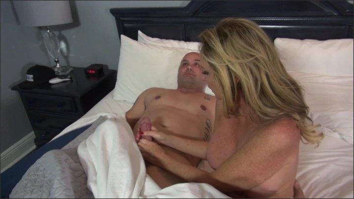[Full HD] Jodi West - Sharing A Hotel Room With My Stepson - Jodi West - SiteRip-00:12:56 | Big Cock, Incest, High Heels - 562,2 MB
