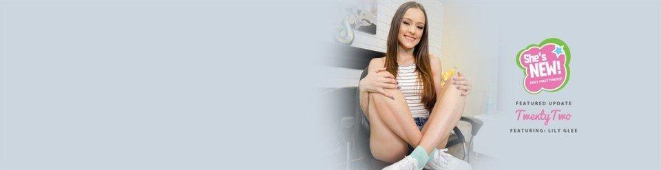 [HD] Lily Glee - Twenty Lily Glee - SiteRip-00:33:04 | Private, Straight Hair - 601,9 MB