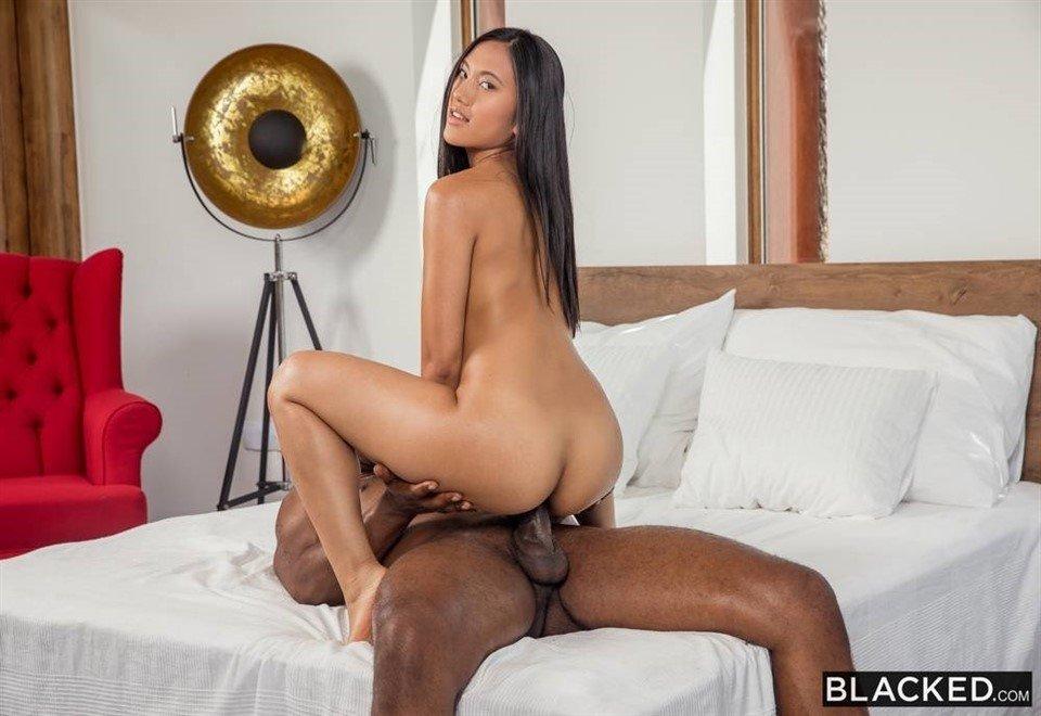 [HD] May Thai - Apprentice Gonzo, Petite, Small Tits, 720P  May Thai - SiteRip-00:35:17 | Small Tits, All Sex, Gonzo, Interracial, Petite, Blowjob, Brunette - 2,1 GB