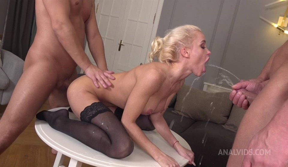 [Full HD] Pee Drink With Beautiful Russian Gymnast Lara Frost 3On1, 1080P, SiteRip Mix - SiteRip-00:49:41   Cum Swallowing, Blonde, ATM, Anal, Gapes, ATP, Facial, Blowjob, Piss Drinking, Double Penetration, Deep Throat - 4,3 GB