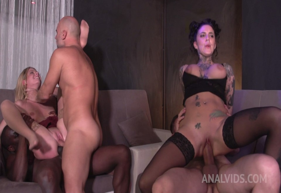 [Full HD] Swinger Club Orgy With Rebecca Volpetti &Amp; Yemaya Gonzalez - Rebecca Volpetti, Yemaya Gonzalez, Yanick Shaft, Cristian Clay, Joss Lescaf - SiteRip-00:40:18   Anal, Tattoo - 3,5 GB