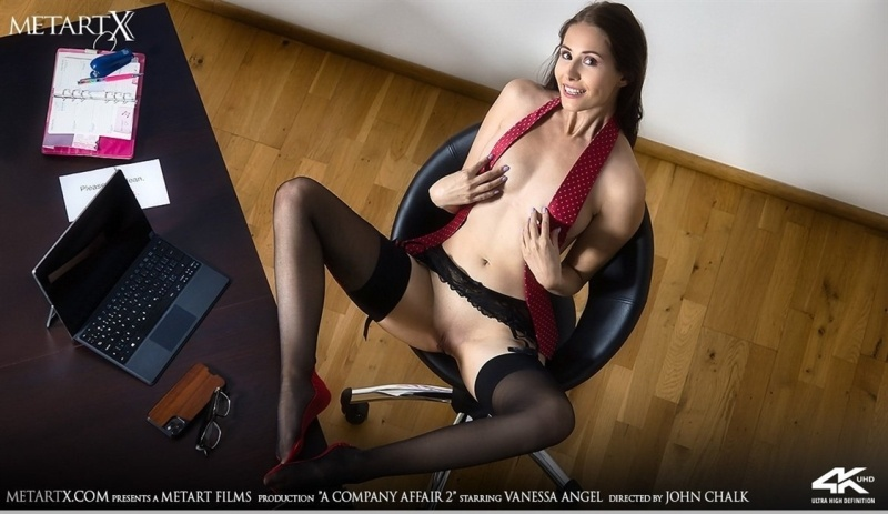 [4K Ultra HD] Vanessa Angel - A Company Affair 2 - Vanessa Angel - SiteRip-00:13:16 | Posing, Indoors - 2,8 GB